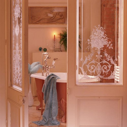 baño en rosa